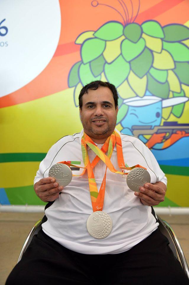عبد الله سلطان العرياني الامارات ثلاث ميداليات فضية الرماية مسابقات البندقية10م وثلاث اوضاع 50م ومختلط 50م