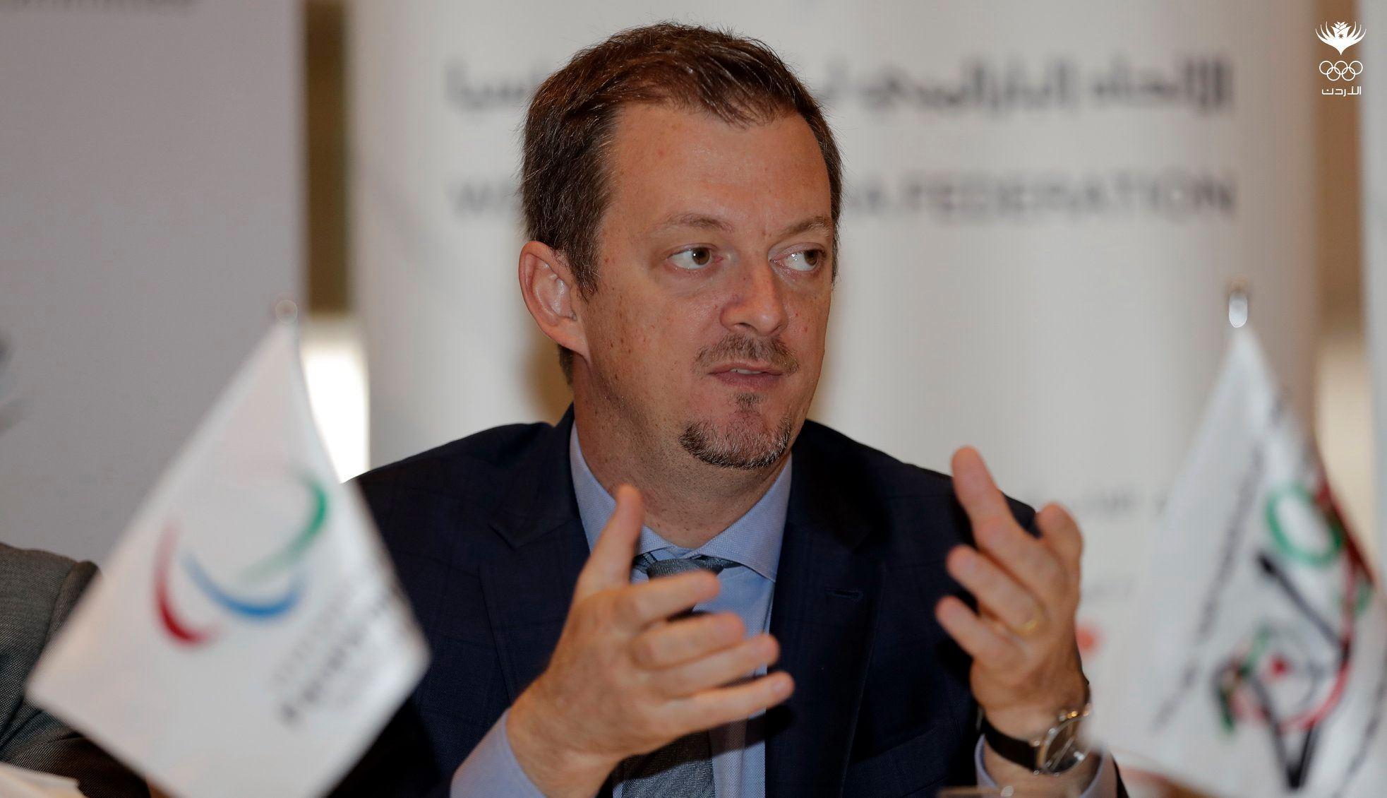 أندرو بارسونز رئيس اللجنة البارالمبية الدولية